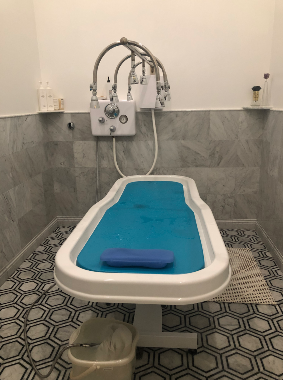 Vichy Shower bed at Korean Spa