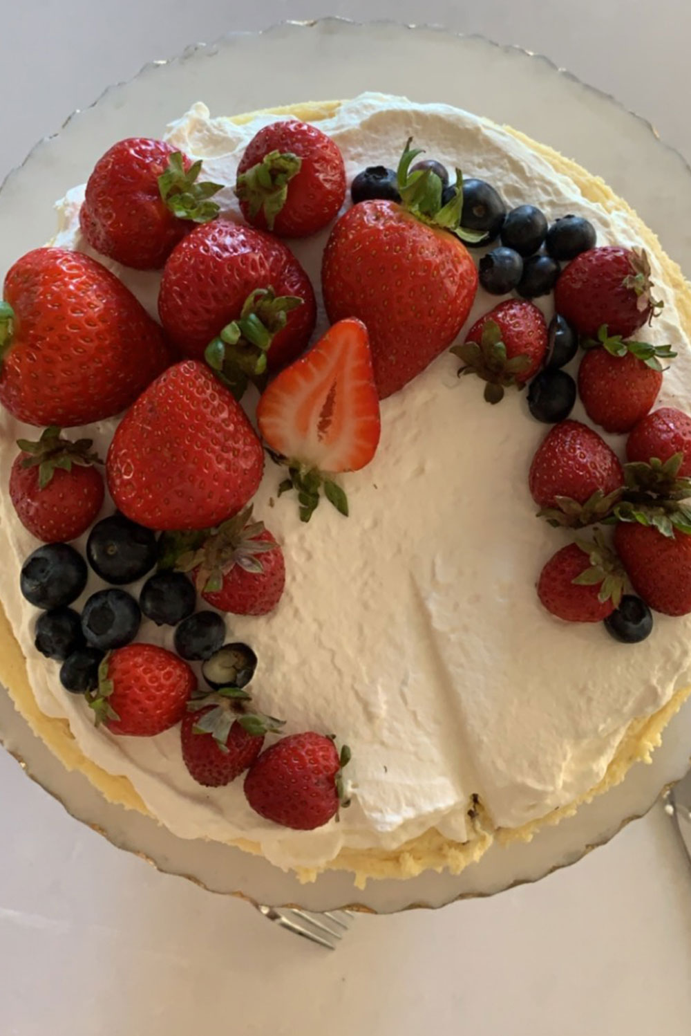 keto cheesecake with fresh fruit on top