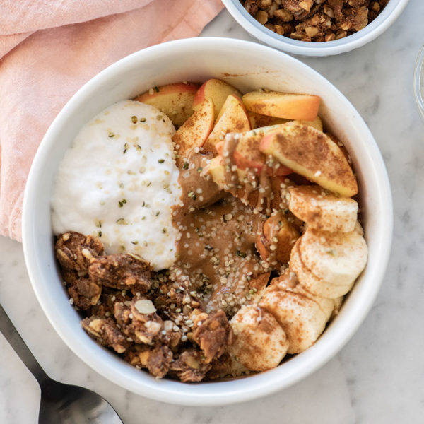 Your 10-Minute Fruit and Granola Bowl