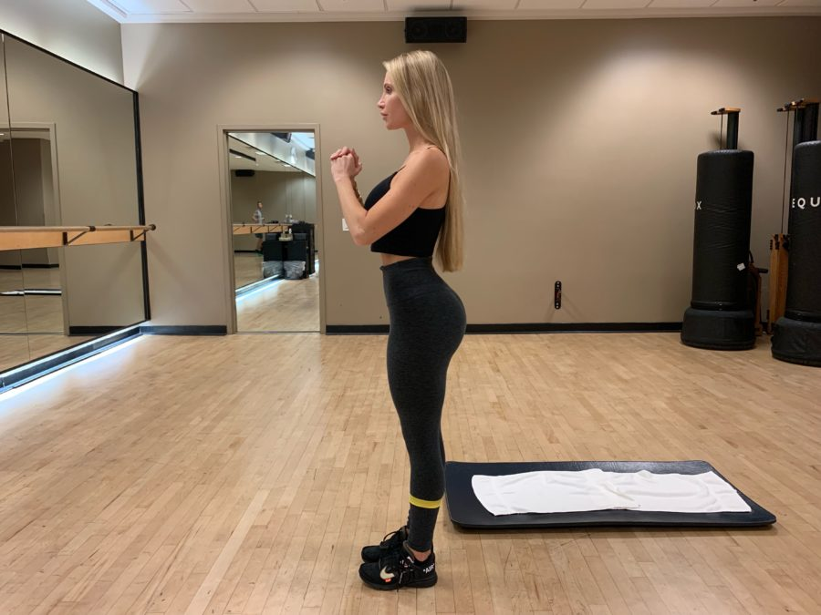 woman doing Banded Side Lunge