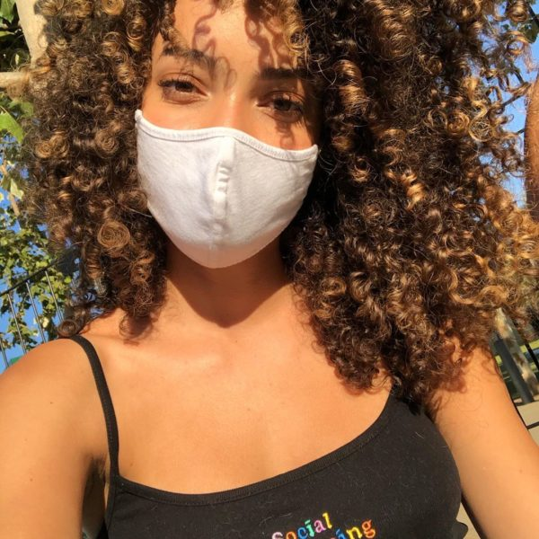 3 Ways to Keep Your Skin Healthy While Wearing a Mask