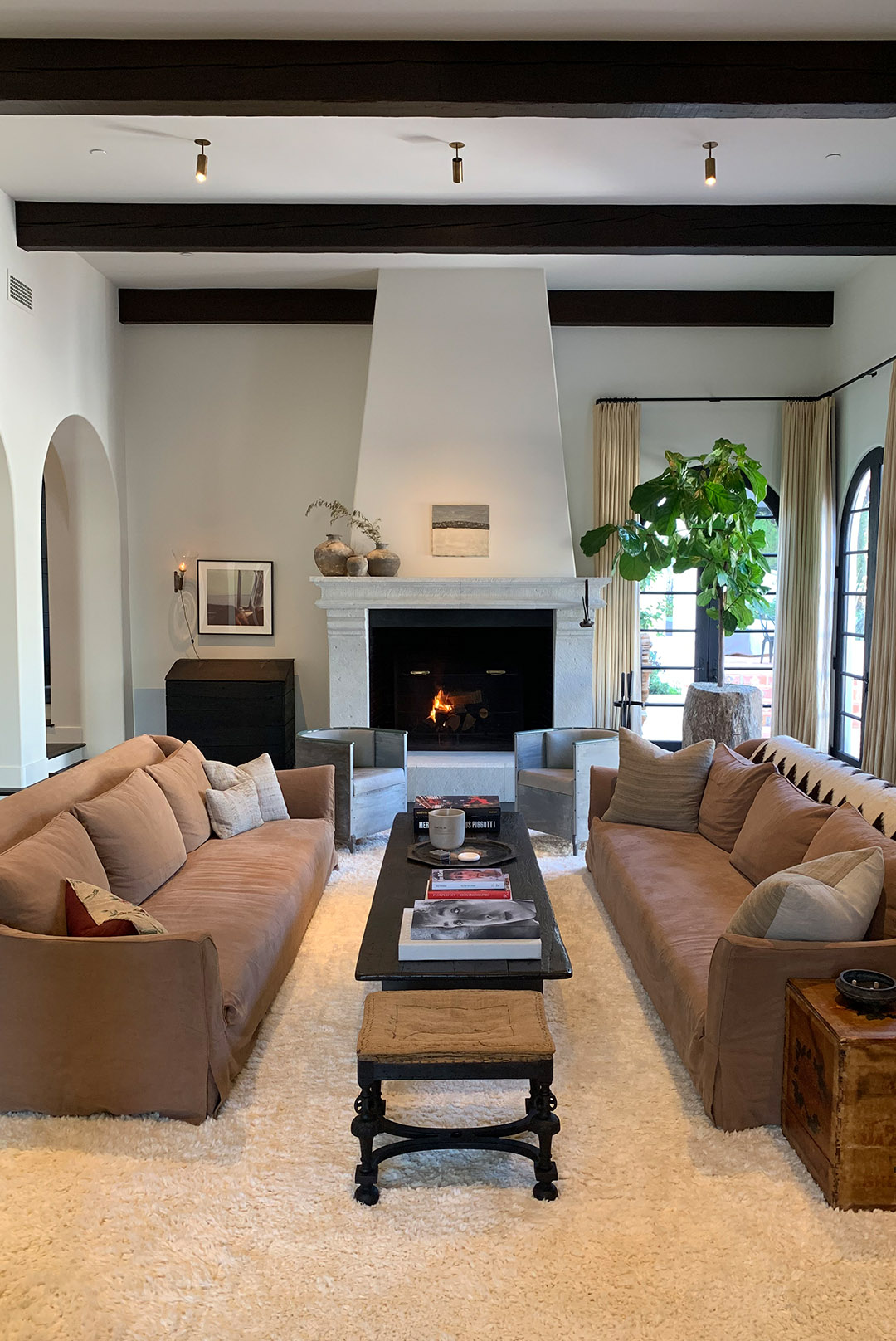 HOW TO RECREATE KENDALL'S <em>Living Room for Under $100</em>