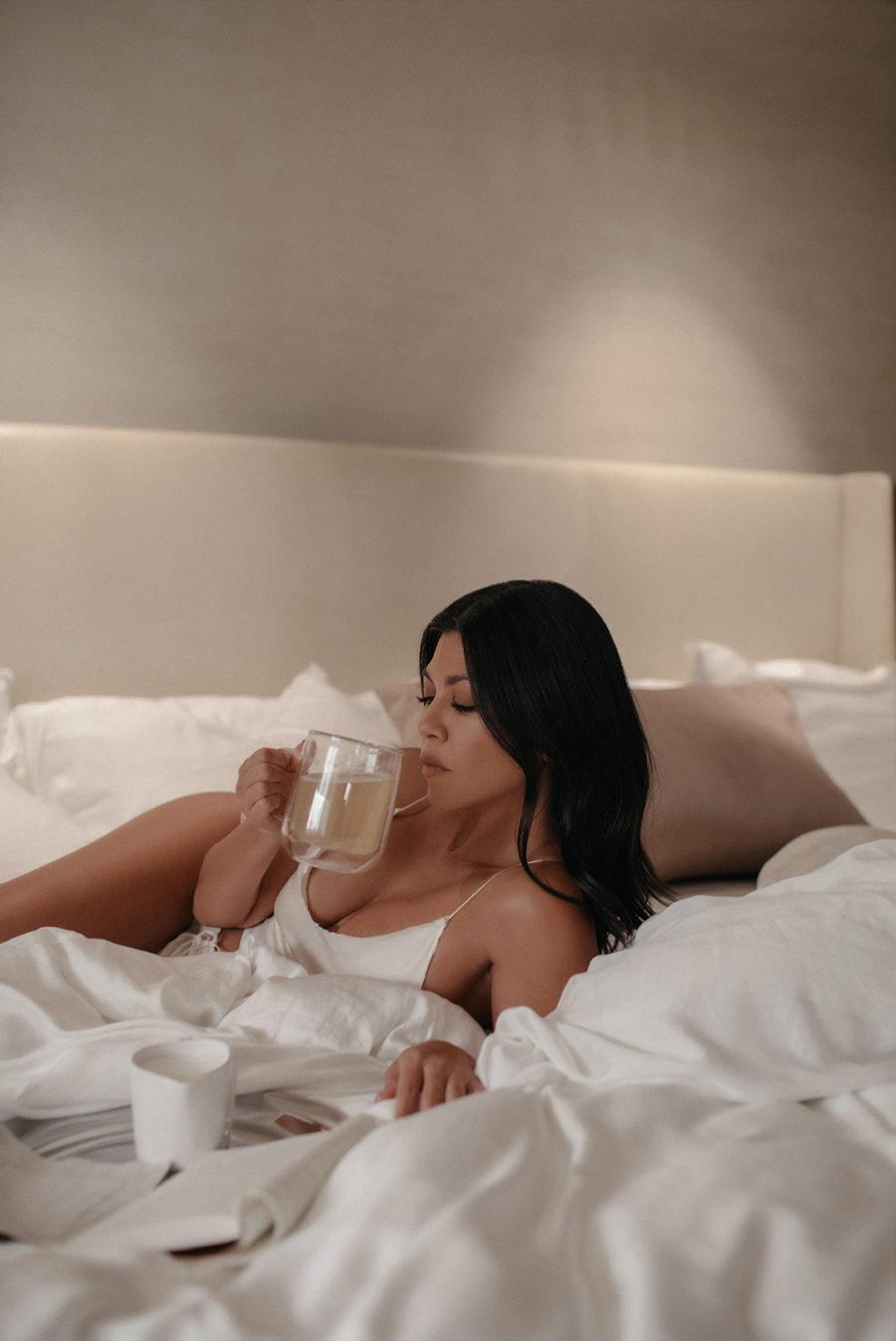 kourtney kardashian drinking dream of me tea in bed