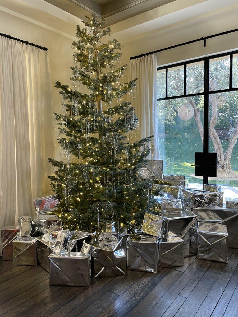 kim kardashian christmas wrapping paper 2020