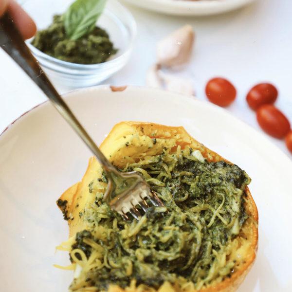 Skinny Vegan Pesto Spaghetti Squash