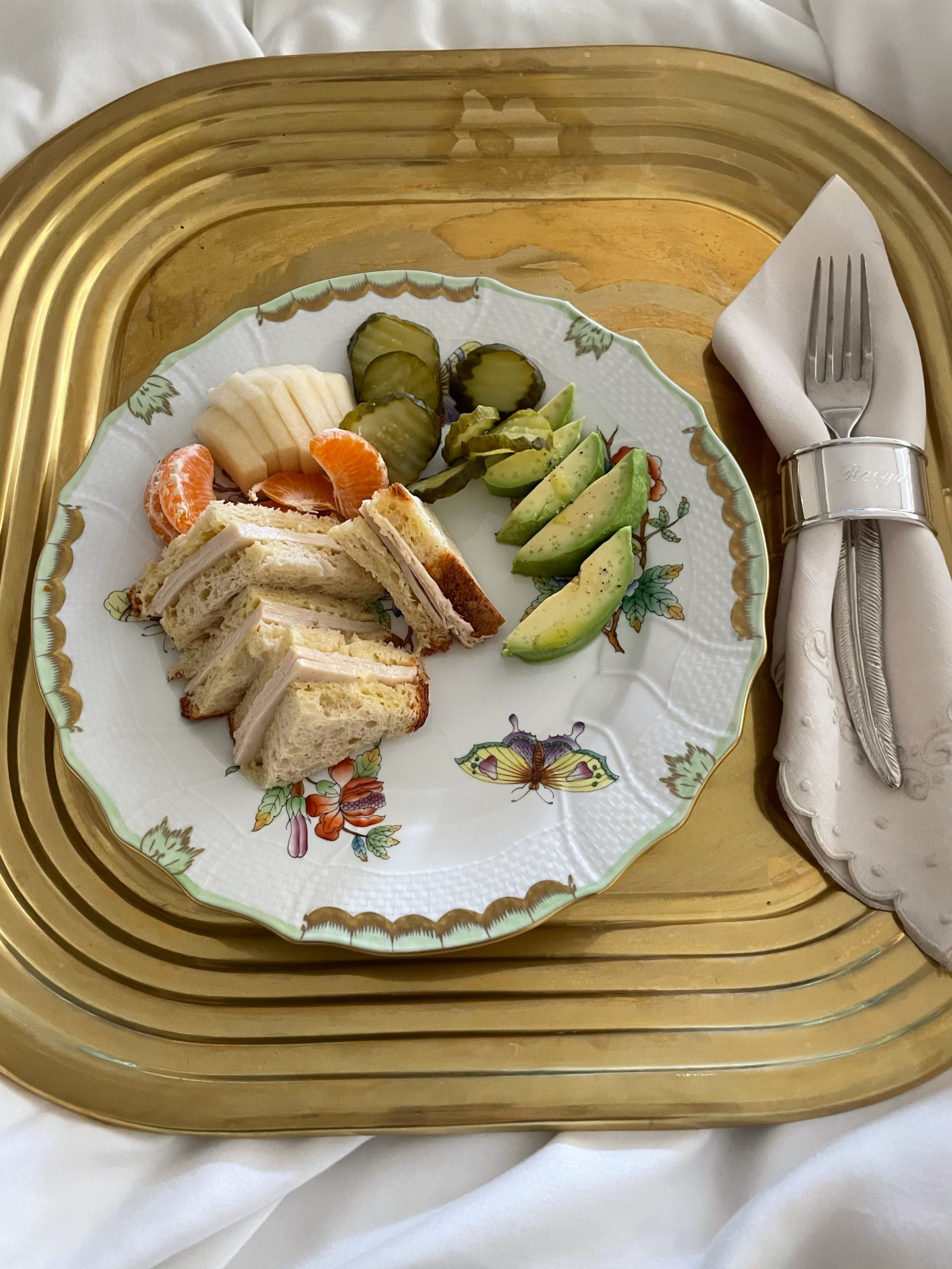kourtney kardashian turkey sandwich lunch on tray
