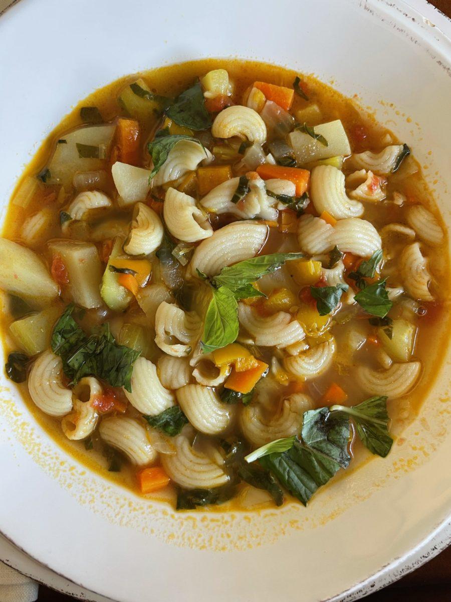 kourtney kardashian's Minestrone soup in bowl
