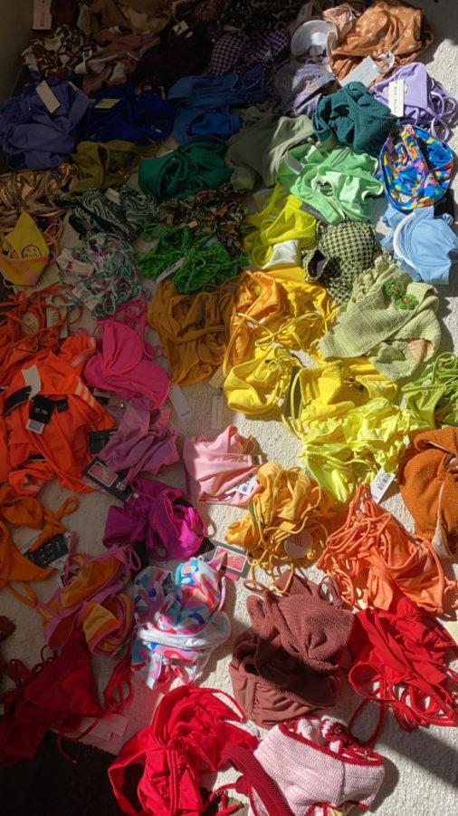 picture kourtney kardashians swimwear