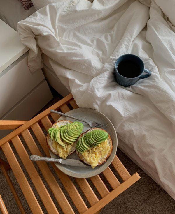 <em>5 Simple Recipes for a</em> BUSY MORNING